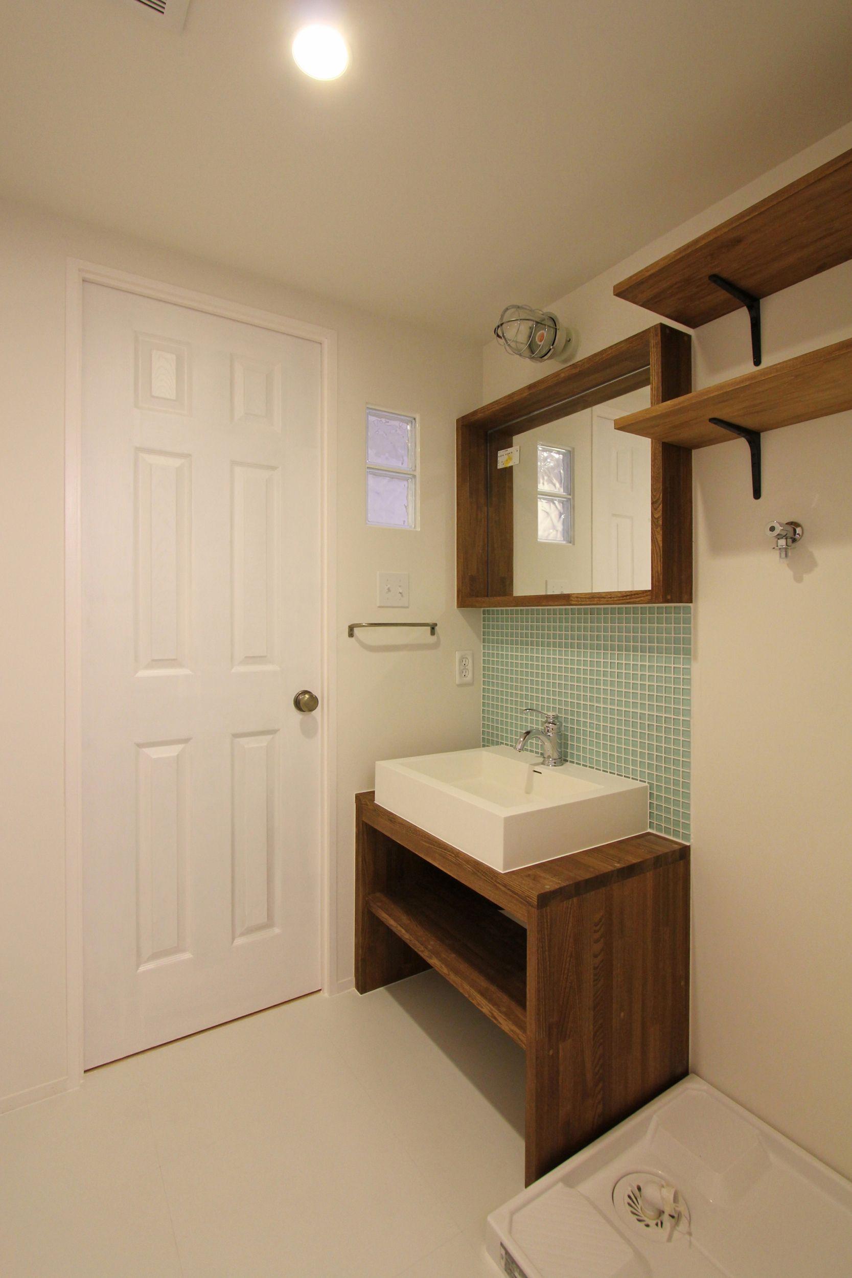 Lavatory Powder Room Toilet Tile 洗面室 トイレ 洗面台 洗面器