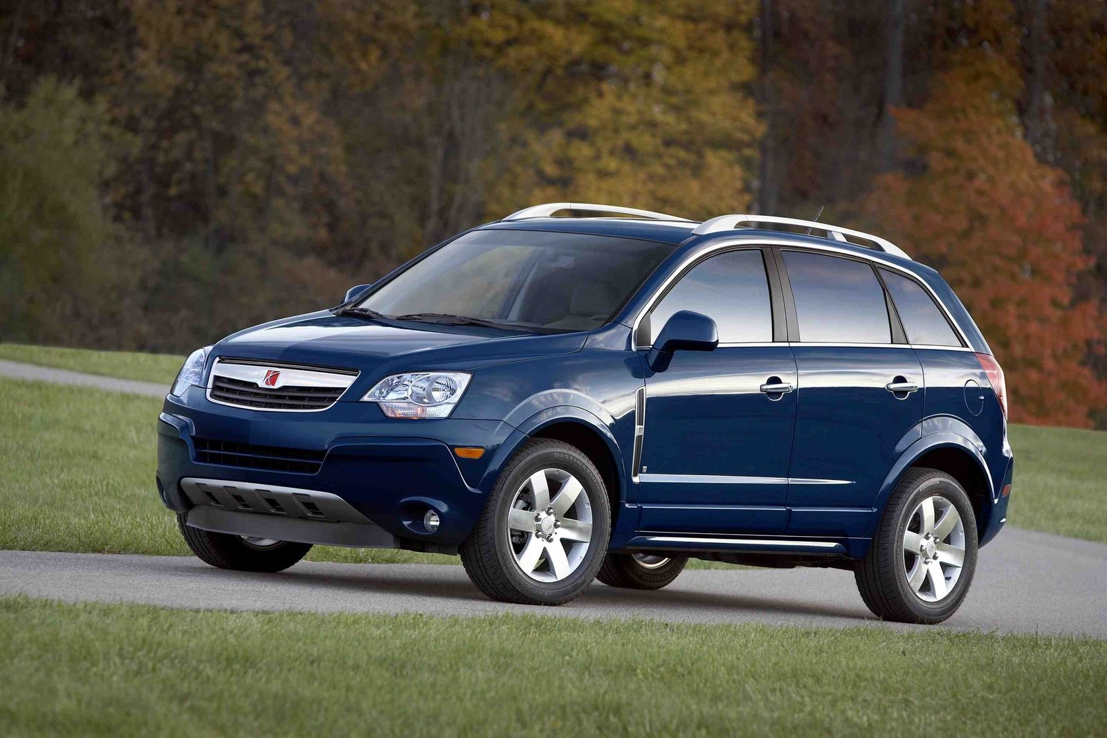 If Your 39 08 39 10 Saturn Vue Or 39 12 39 14 Chevy Captiva Has Blown A Headlight Then It 39 S Time To Replace Your Headlig Car Camera Saturn Car Car