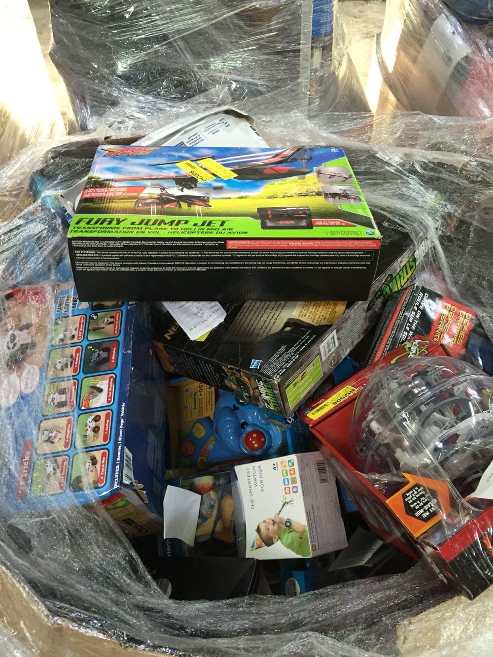 WMart liquidation Toy Pallets