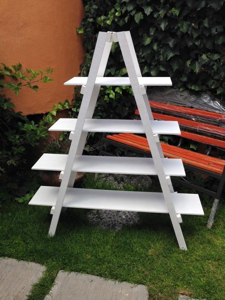 Escalera para mesa de dulces base pinterest for Escalera madera portatil