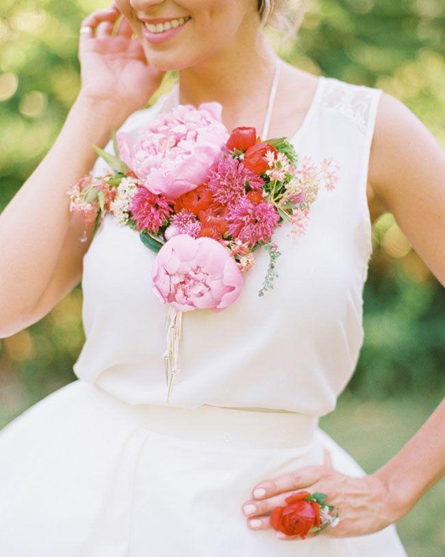 10 Creative & Beautiful Alternative Bridesmaid Bouquets | Bridesmaid ...