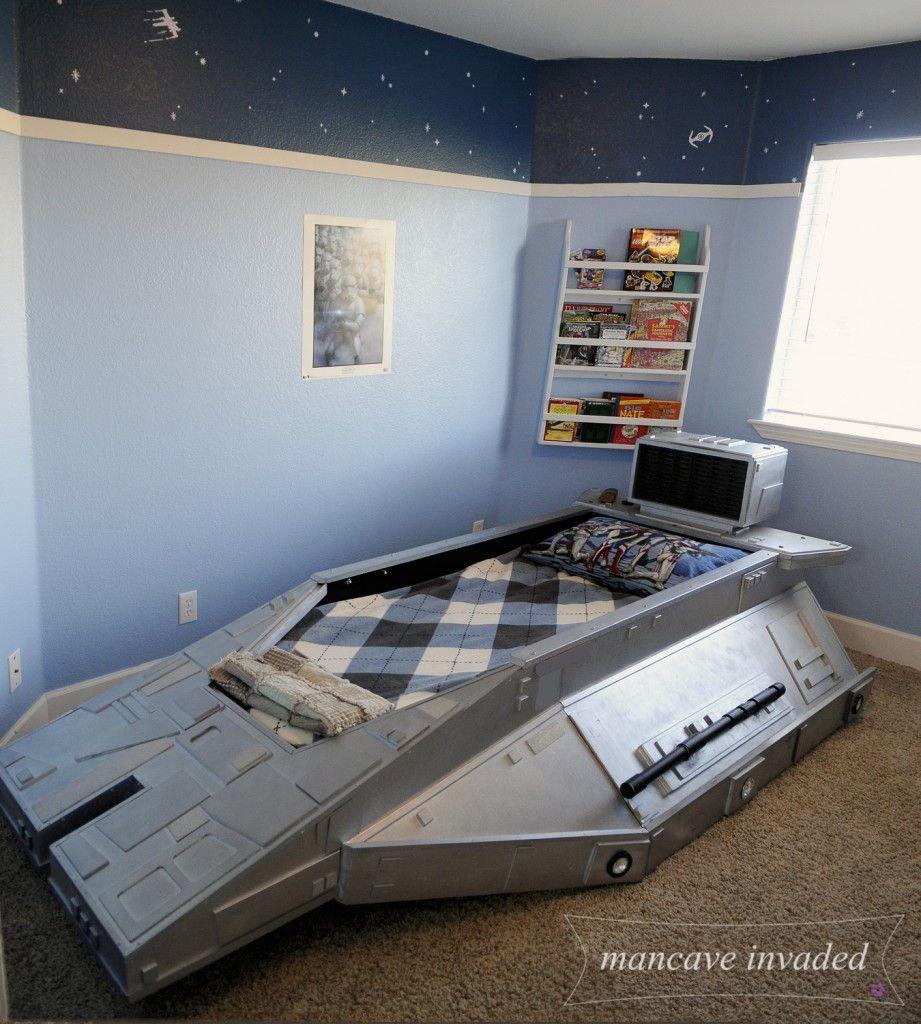 star wars bed speeder bed star wars wall decals light blue on bottom dark blue on top. Black Bedroom Furniture Sets. Home Design Ideas