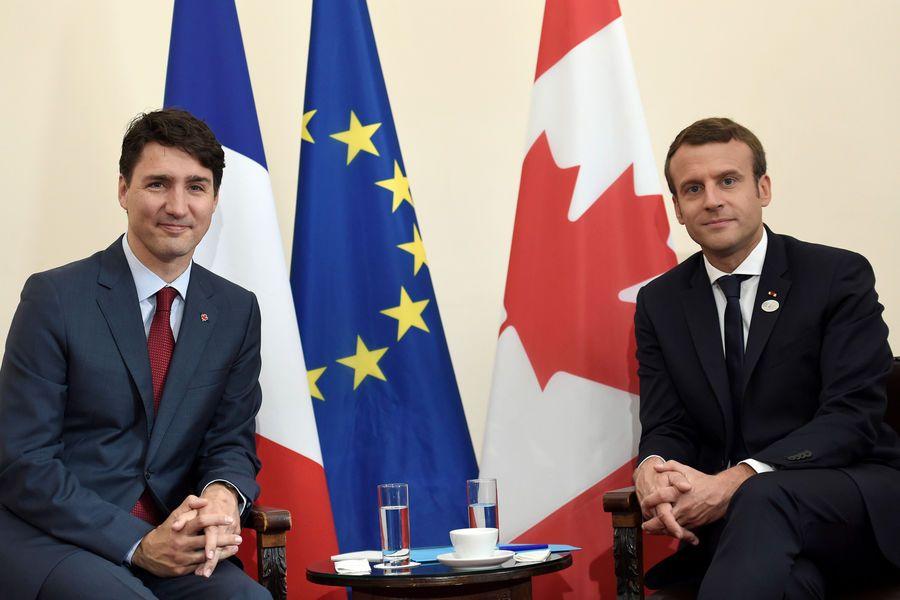 site de rencontre gay canadien à Stains