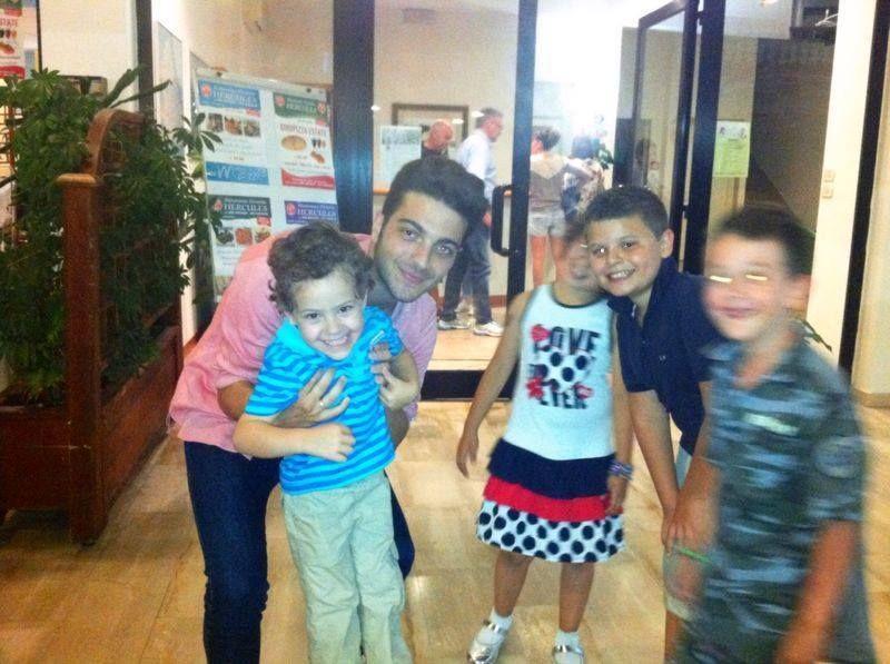 Bambini Simpatici ~ Gianluca con i bambini. u003c3 cosi simpatici! just love il volo
