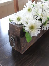 Home Frosting: Table Centerpiece