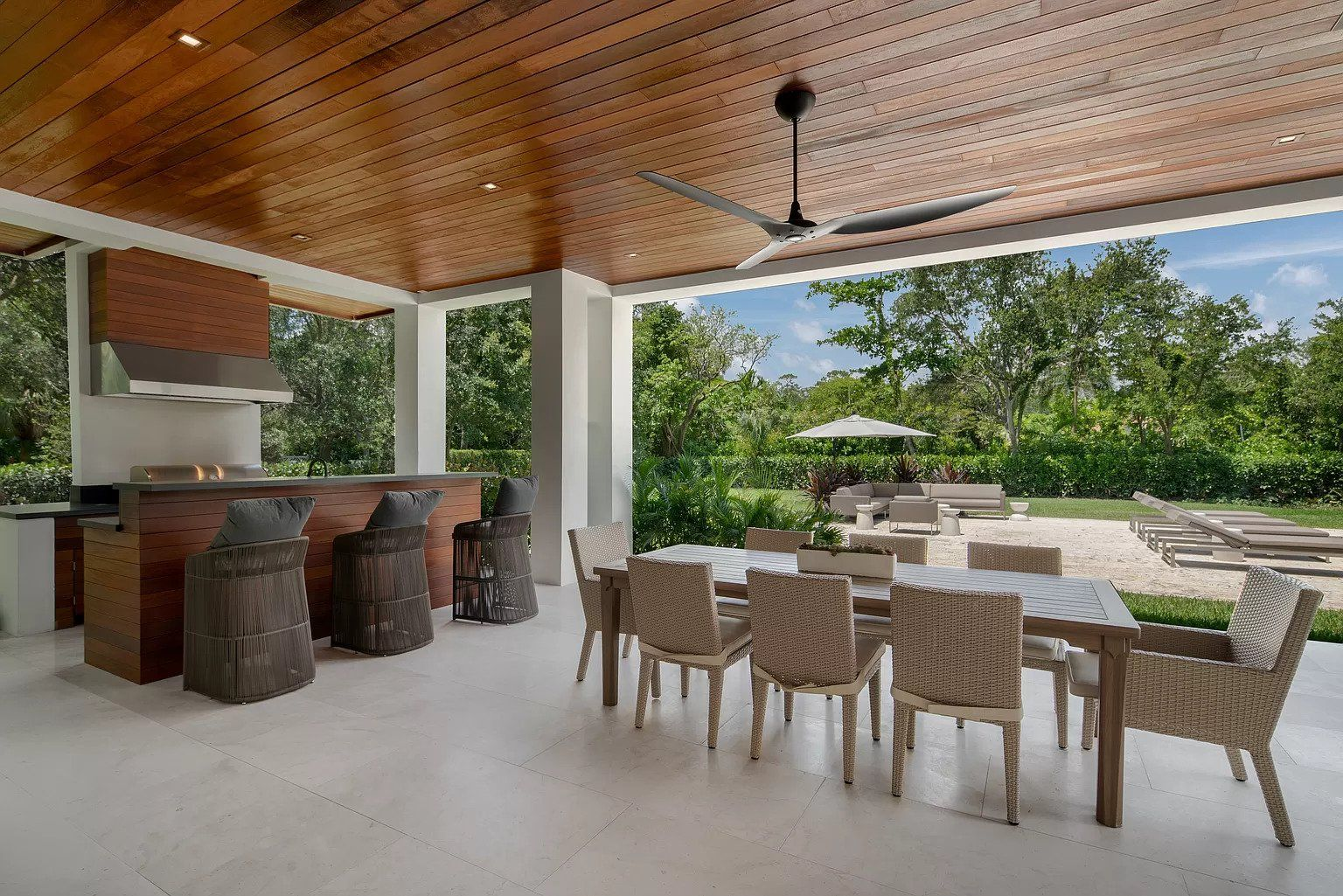 Pin By Gabriel Del Rio On Miami Outdoor Kitchen Living Room California Room Living Room Kitchen Kitchen Living