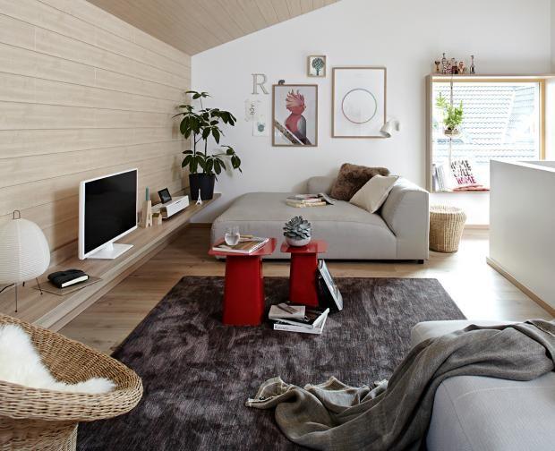Wohnzimmer mit Schrägen SCHÖNER WOHNEN BUNGALOW HAUS BAUEN