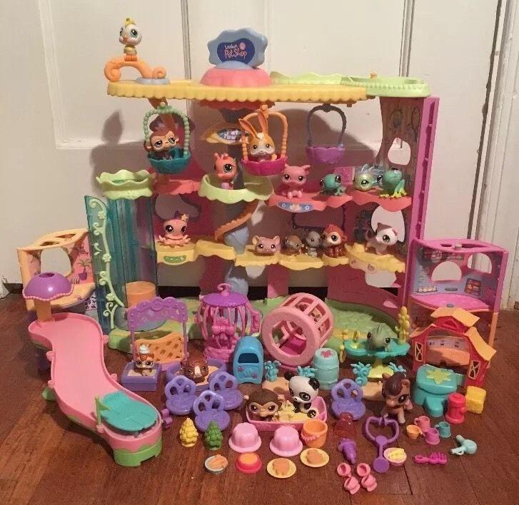 Littlest Pet Shop Lps Round N Round Pet Town W 20 Animals Accessories Lps Toys Lps Littlest Pet Shop Littlest Pet Shop