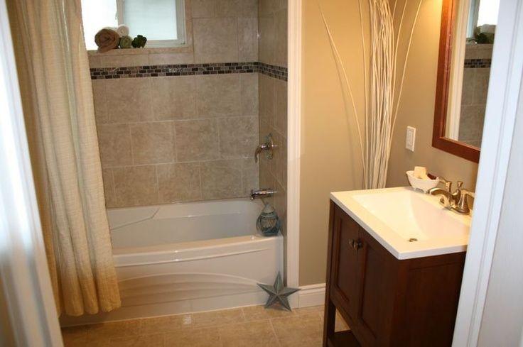 Hall bath---tub tile and border | home ideas | Pinterest | Tub tile ...