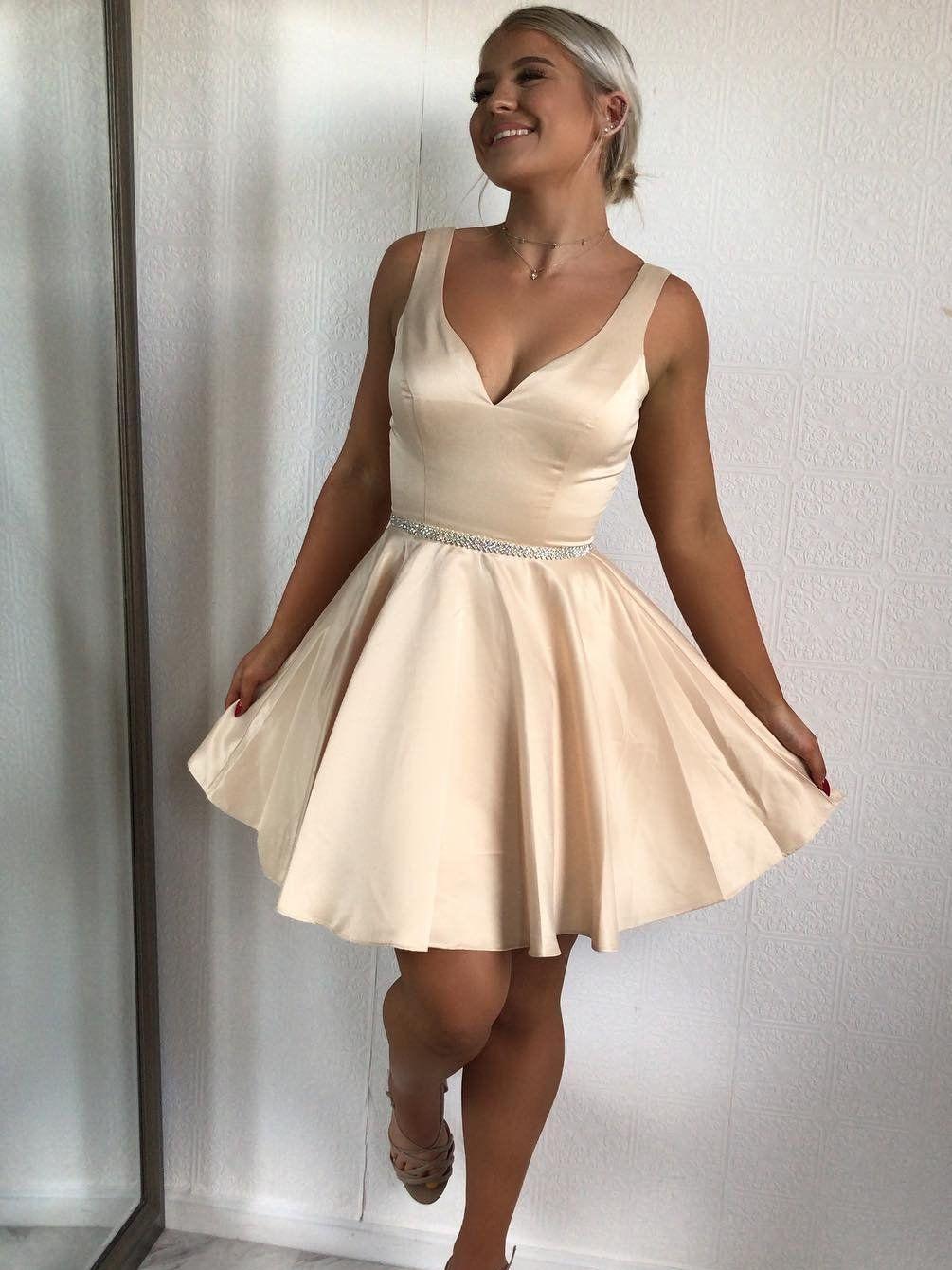 Simple Short Satin Homecoming Dresses V Neck Blush Graduation