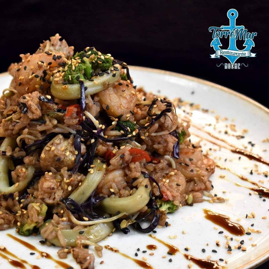 ソBuscas que comer esta noche te ofrece una carta llena de sabores que te sorprenderテn  Sushi  Arroz Wok  Ceviche  Salmテウn 匠 Cra 3 No1129 峽 Domicilios 3113748809