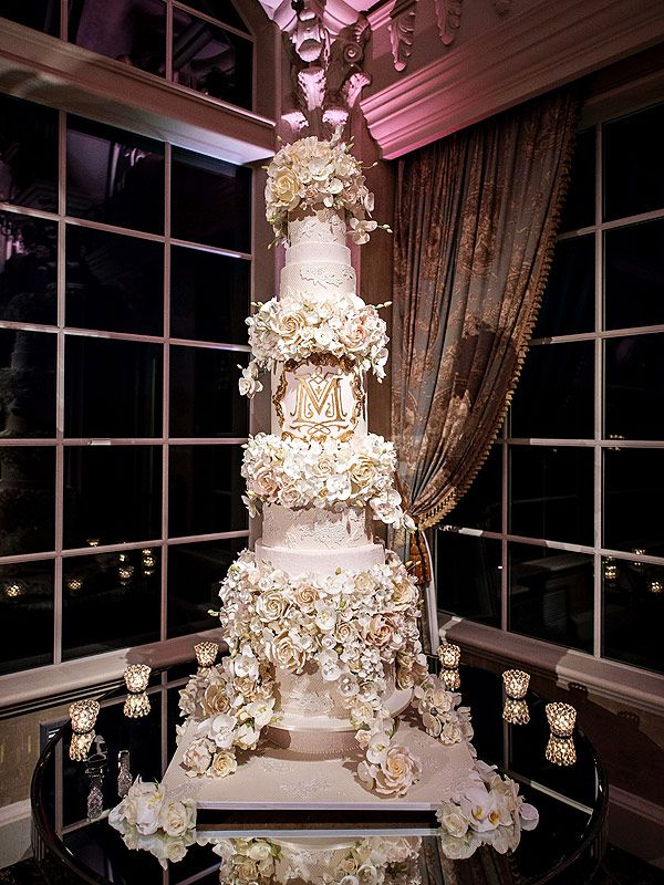 Get the Sweet Details on Tracy Morgan s 5 Foot Tall Wedding Cake     Get the Sweet Details on Tracy Morgan s 5 Foot Tall Wedding Cake  PHOTO   http   greatideas people com 2015 08 28 tracy morgan wedding cake