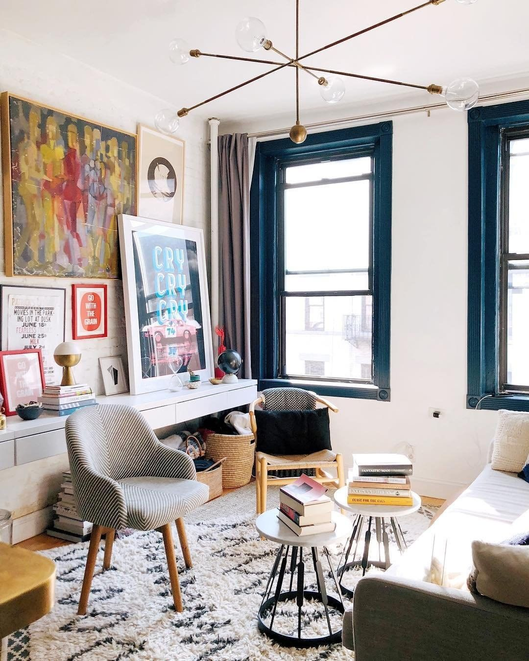 We Re Cry Ing Over How Good This Soho Apartment Looks