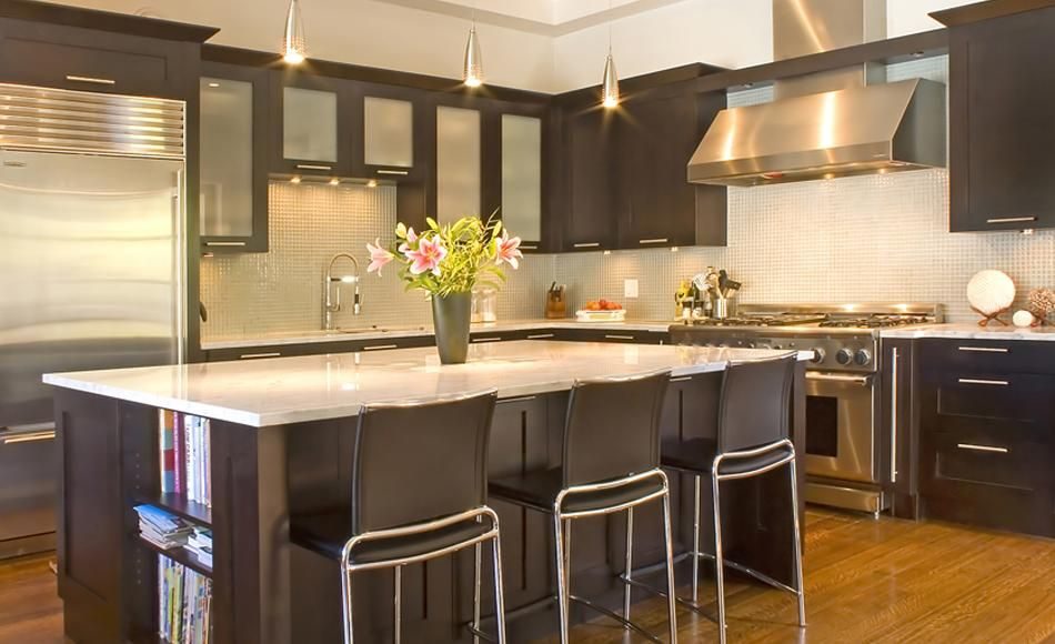 Whistler Flat in Cherry with Carriage Black Stain | Merit Kitchens ...