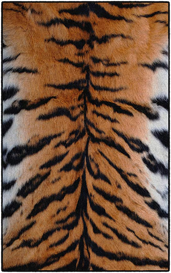 Amazon Com Brumlow Mills Ew10211 30x46 Tiger Stripes Animal Print Area Rug 2 6 X 3 10 Home Kitchen Black Area Rugs Tiger Stripes Stripe Print
