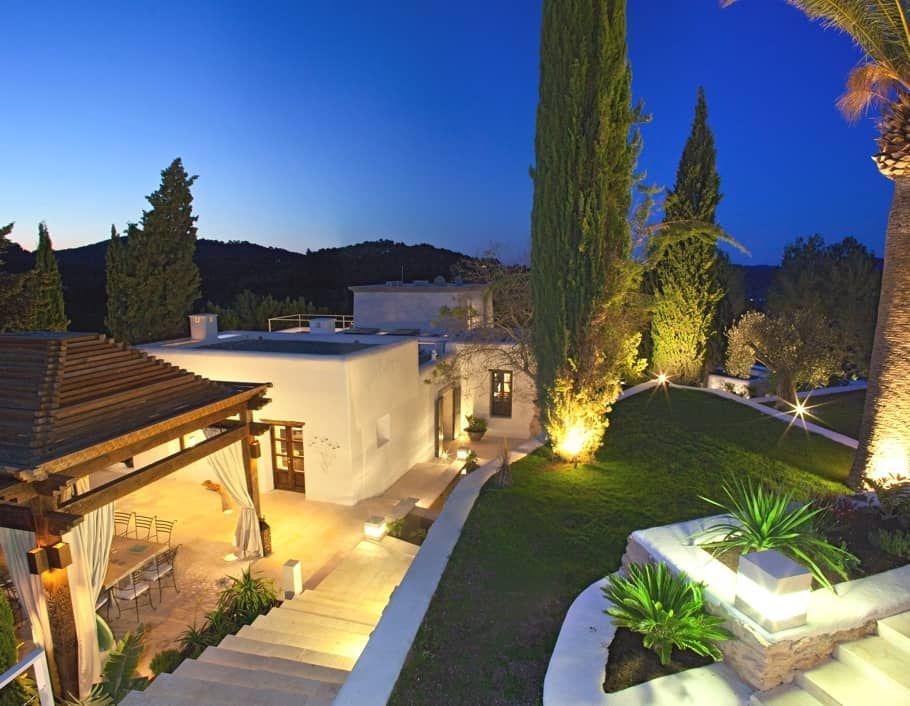 Exquisite Mediterranean style haven in Luxury real