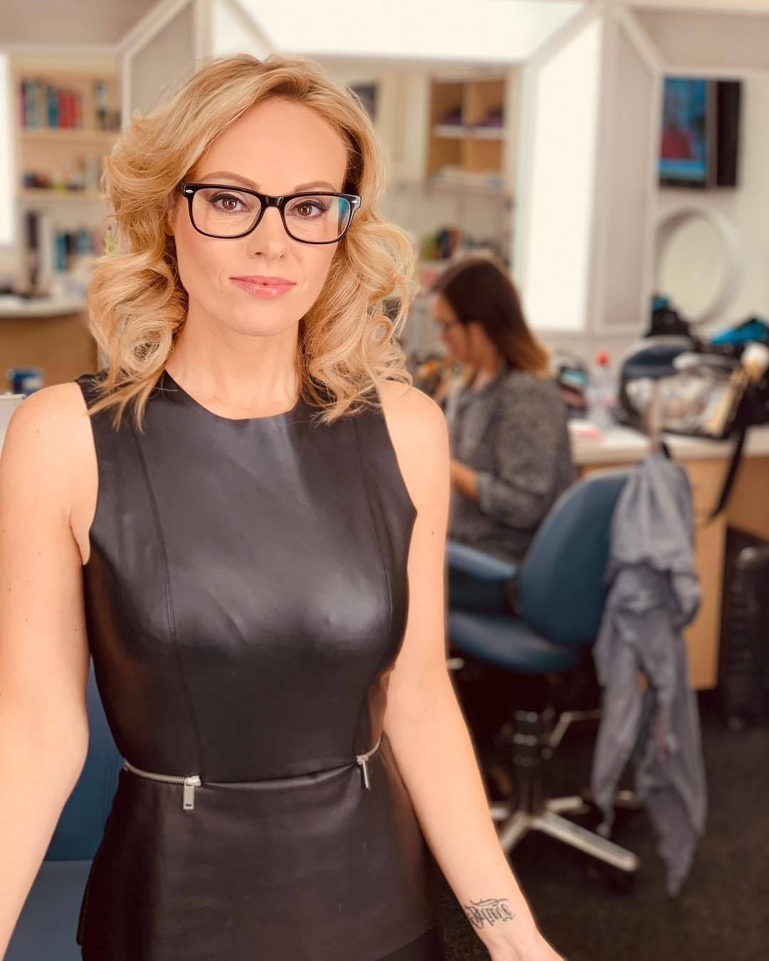 Only Leather Michelle Dewberry