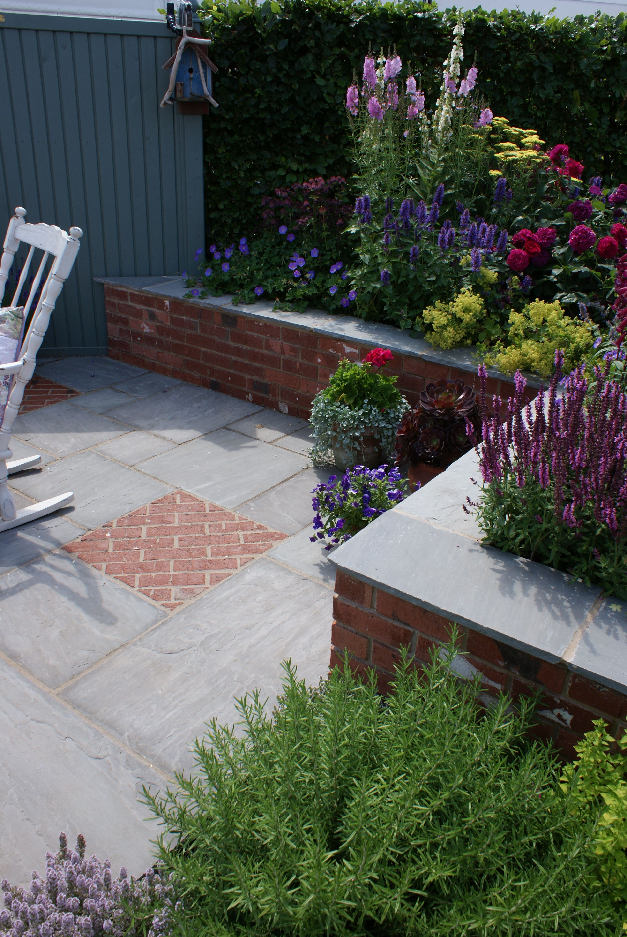 Pin By Conway Landscapes On Paving By Conway Landscapes Outdoor Gardens Garden Design Garden Landscaping