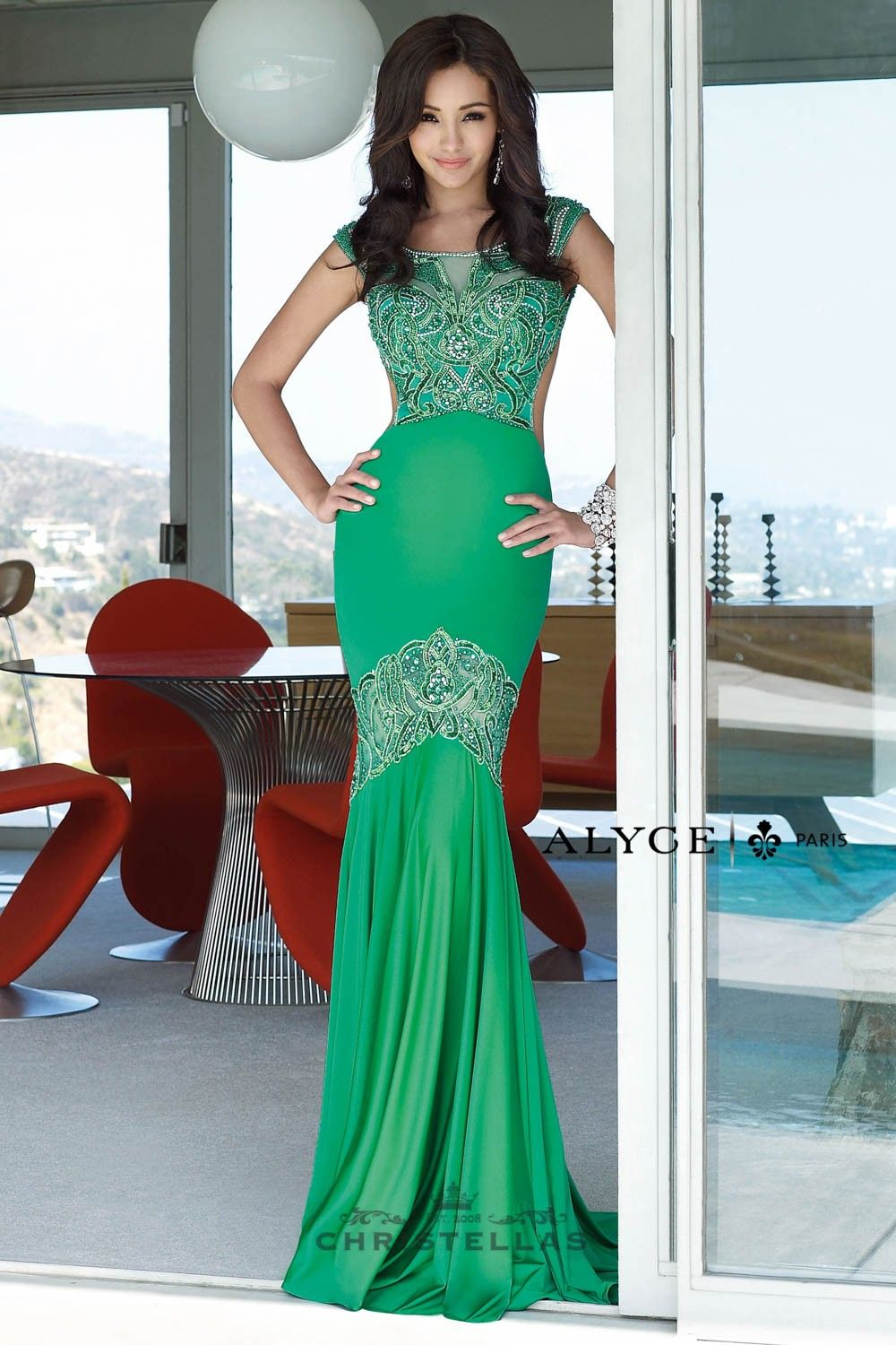 You\'ll be a heart breaker in this beaded and backless beauty! Alyce ...