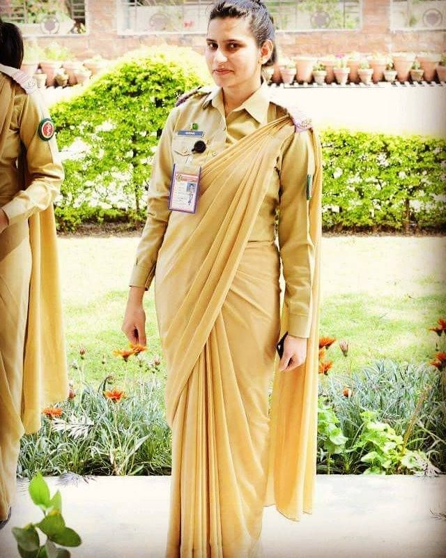 Female Cadet Of Army Medical College   Pakistan Army Doctors