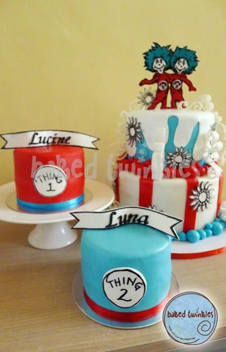 Thing 1 Thing 2 Cake With Images Twins 1st Birthdays Seuss