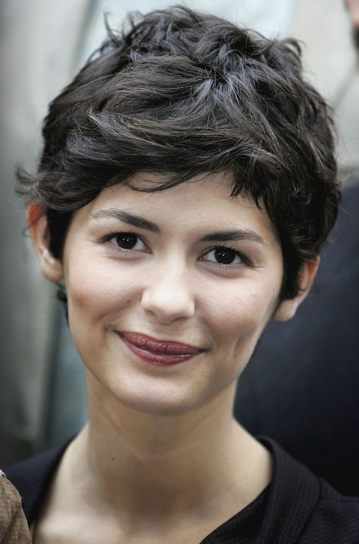 Audrey Tautou Google Search Pixie Frisur Frisuren Und