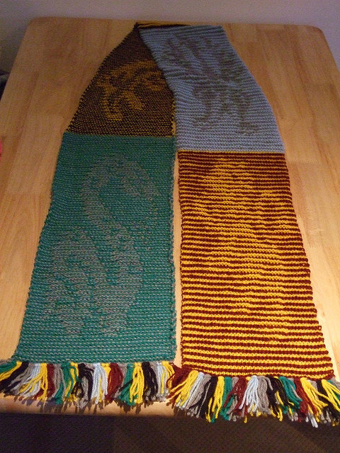 Knit Harry Potter Scarf Pattern : Knitted Harry Potter House Illusion Scarf PDF Pattern - Chart & Written I...
