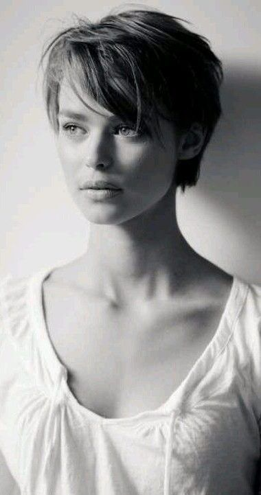 38 Short Pixie Haircuts for Thick Hair - Get Your Inspiration for 2020 - Short Pixie Cuts