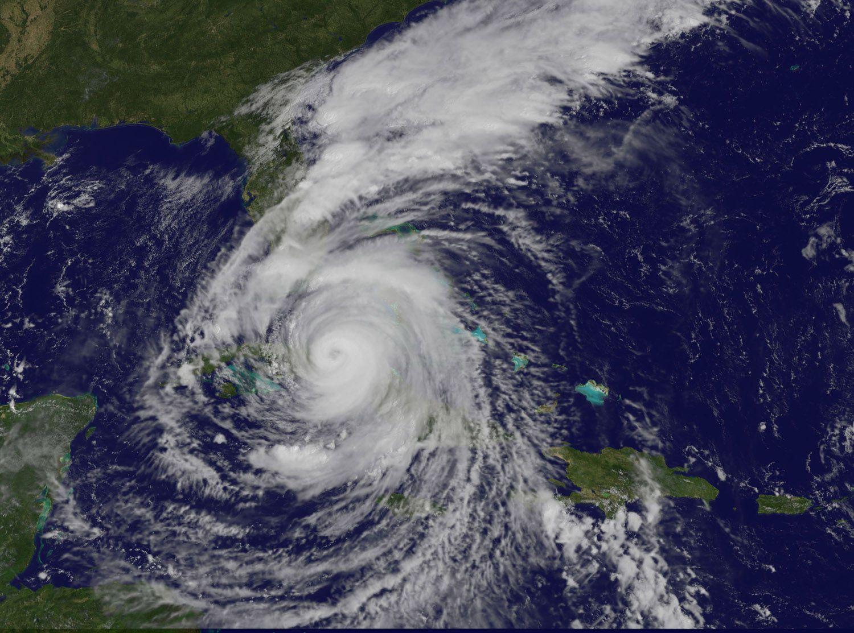 Hurricane Irma Hits Cuba Approaches Florida In Nasa Satellite View Hurricane Atlantic Hurricane Florida