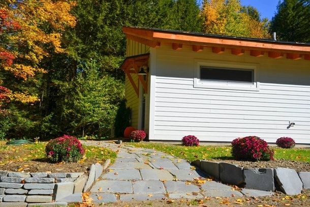 These Cozy Airbnbs In New England Are Perfect For Sweater