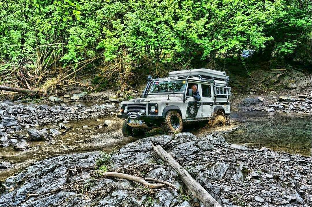 #Defender #defender110 #landroverdefender #landrover #Td5 #corse by nathan_multipassions #Defender #defender110 #landroverdefender #landrover #Td5 #corse