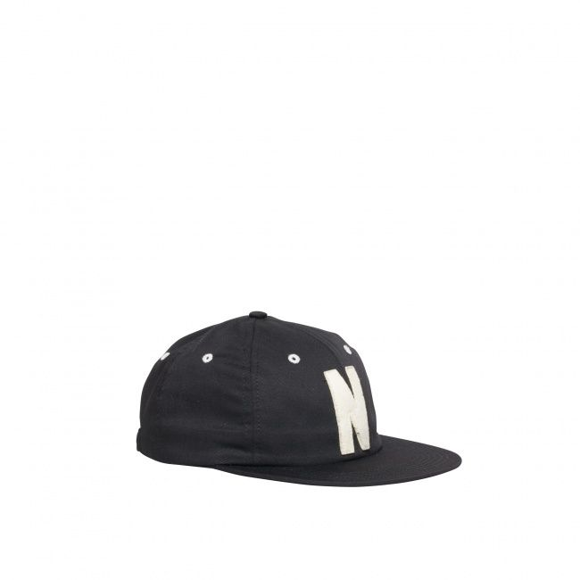 <> Norse Projects classic twill logo cap