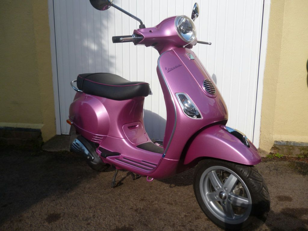 piaggio vespa 50 cc vespa lx 50 rosa chic http. Black Bedroom Furniture Sets. Home Design Ideas