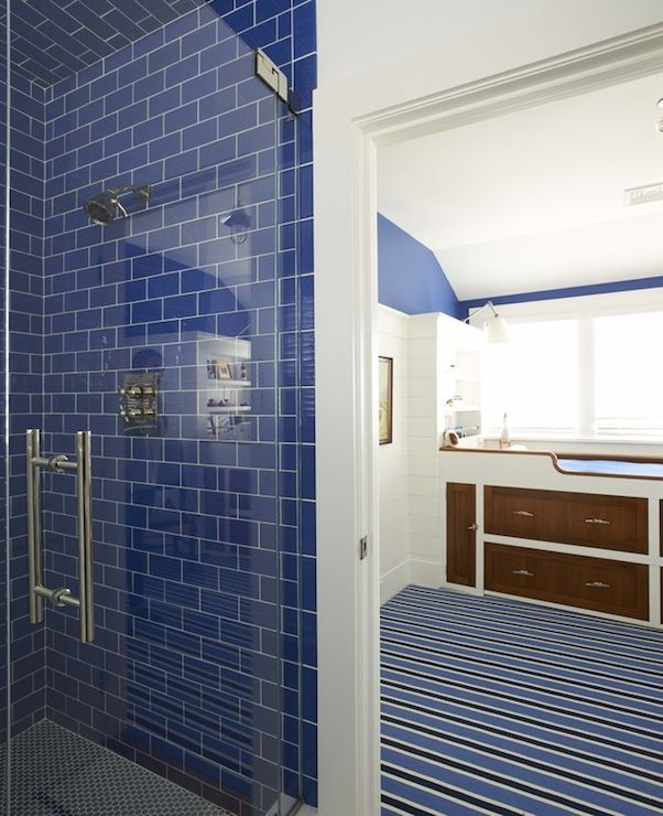 Kid S Bathroom Boasts Seamless Glass Shower Filled With