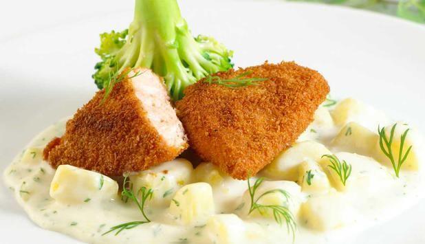 Panert laks med potetstuing - Godfisk