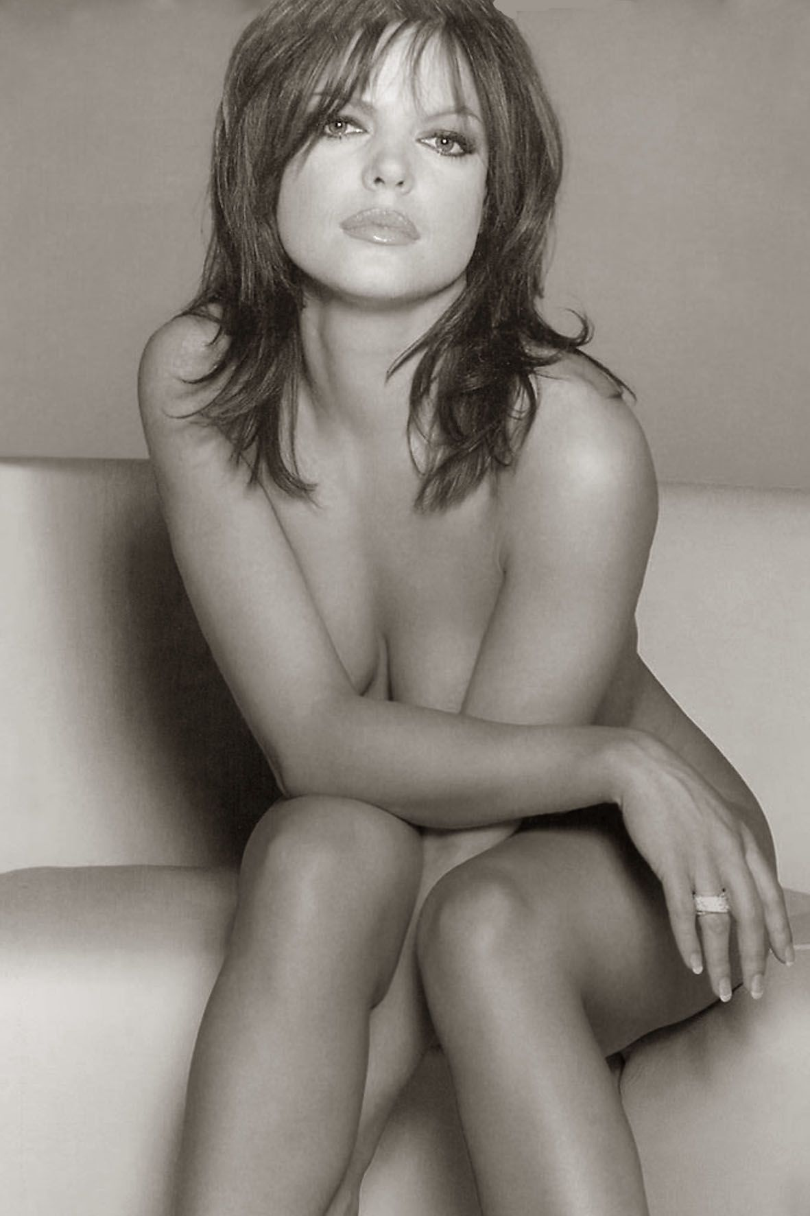 Pascale Bal Nude Photos 3