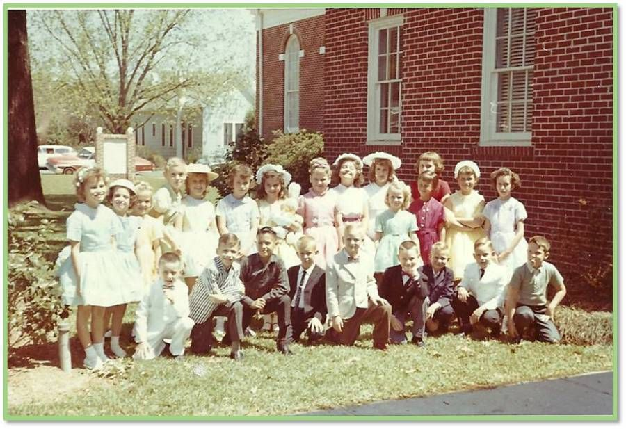 Easter 1963, wow compare it to now when people wear pajamas to church frown emoticon