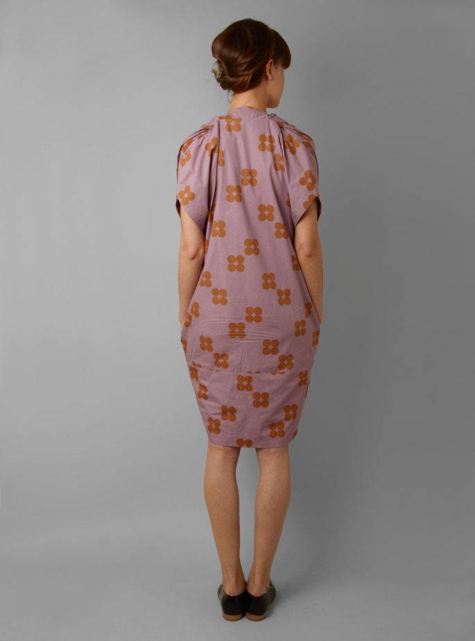 Couverture and The Garbstore » Dorian V-Neck Cotton Dress