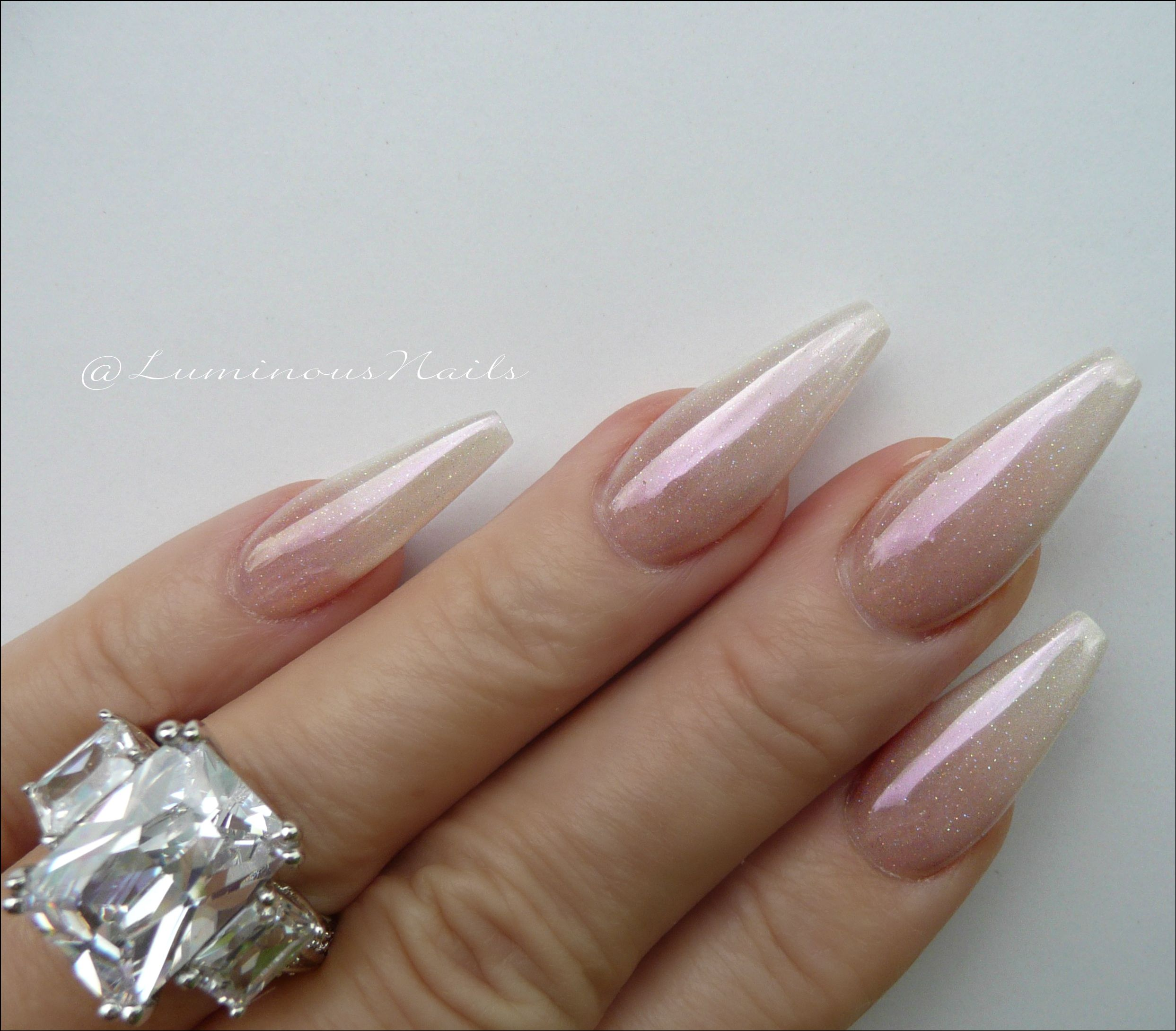 Pearly Ombre Chrome Acrylic nails. | Nails | Pinterest