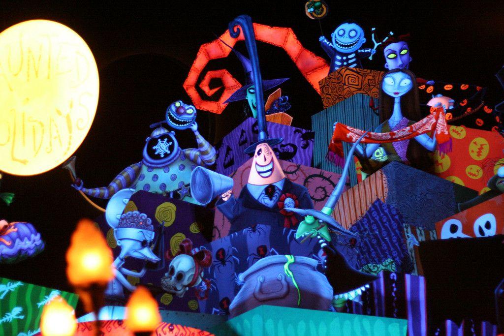 Disneyland Halloween ~ Nightmare Before Christmas Haunted ...