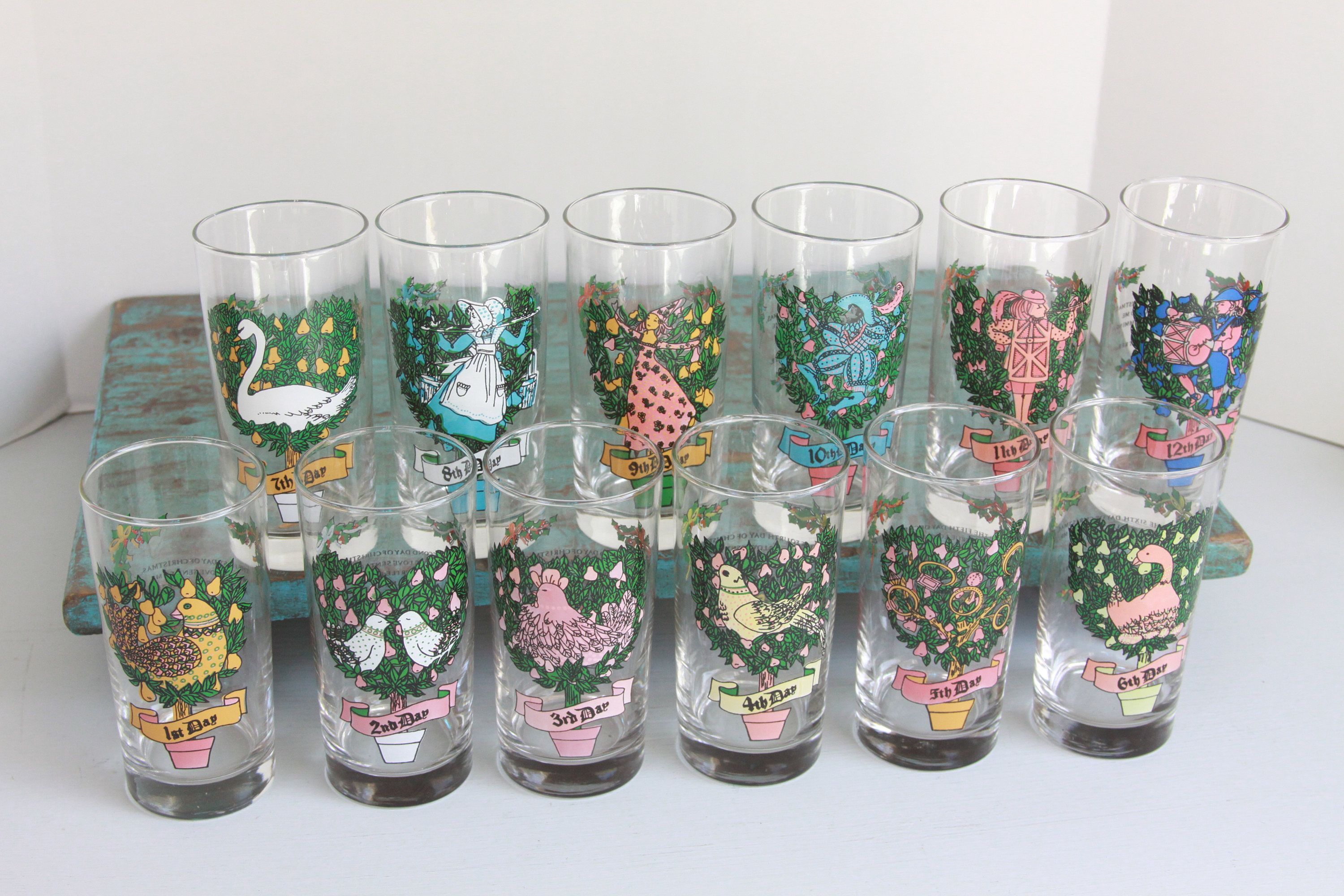 vintage 12 days of christmas glasses in original box american glass by indiana glass