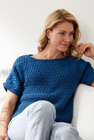 0987753687008f Free knitting pattern for Textured Tee - Easy short-sleeved top pattern  from Bernat that knits up quickly in chunky yarn. In sizes from XS to 5XL.