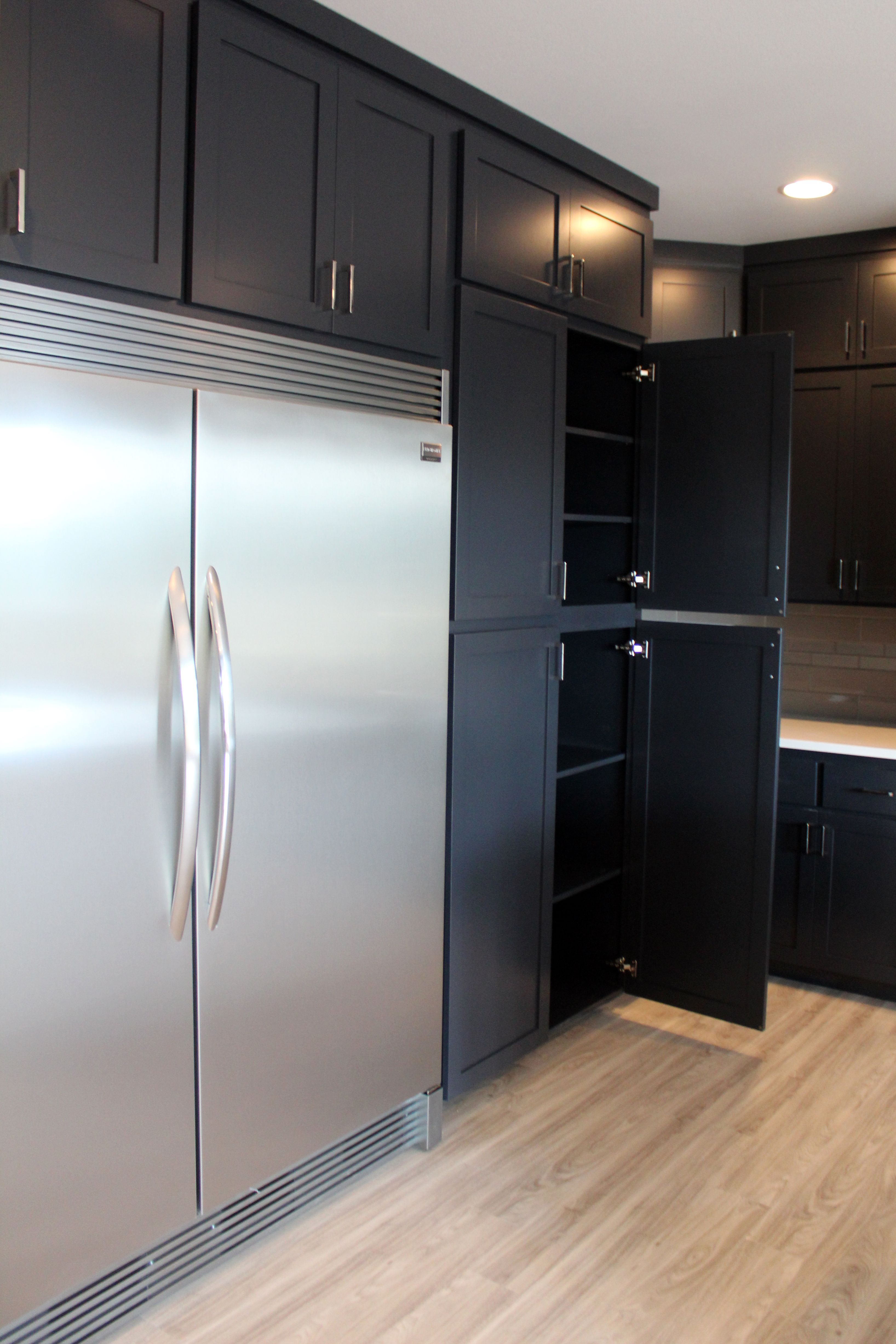 Black Painted Kitchen Cabinets Sideside Freezer And Pleasing Cabinet Design Kitchen Design Ideas