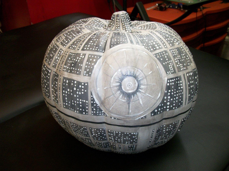 451 best star wars images on pinterest star wars starwars and death pumpkin xflitez Image collections