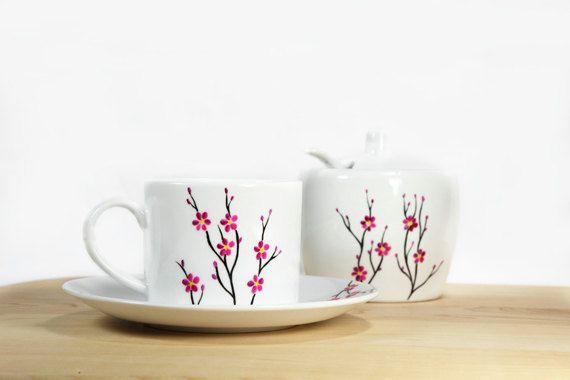 Ähnliche Artikel wie Keramik Kaffeetasse mit Untertasse weiß Kirschbaum Tee Tasse Hand gemalt Küche Dekor auf Etsy #coffeecup