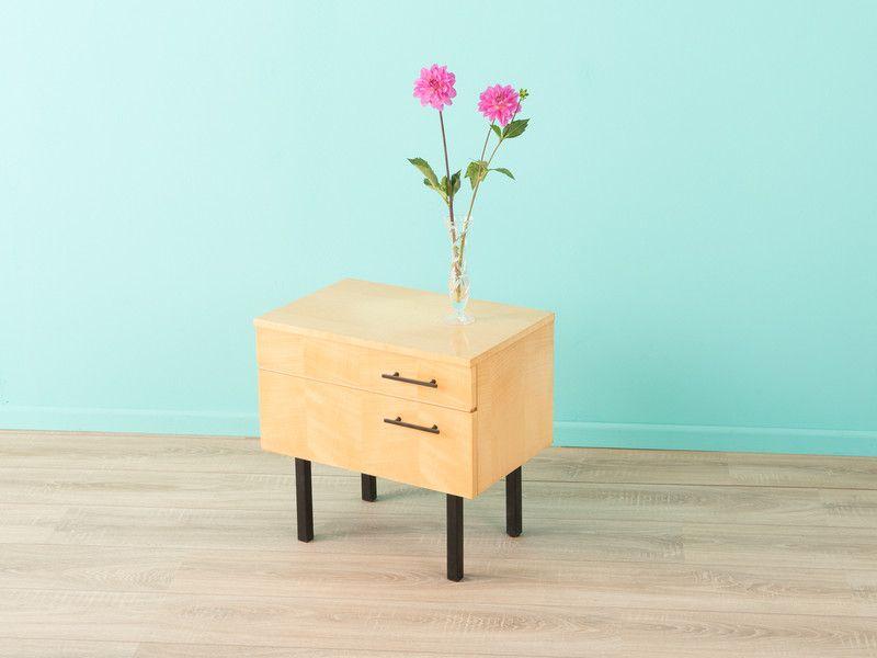 die besten 25 nachttisch 50er ideen auf pinterest nachttisch 50er jahre 50er jahre. Black Bedroom Furniture Sets. Home Design Ideas