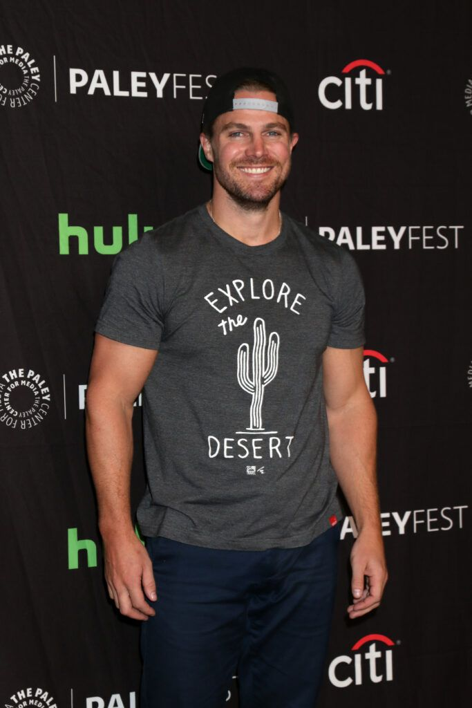 Stephen Amell Books First Post-'Arrow' Role, Joins Starz Wrestling Drama