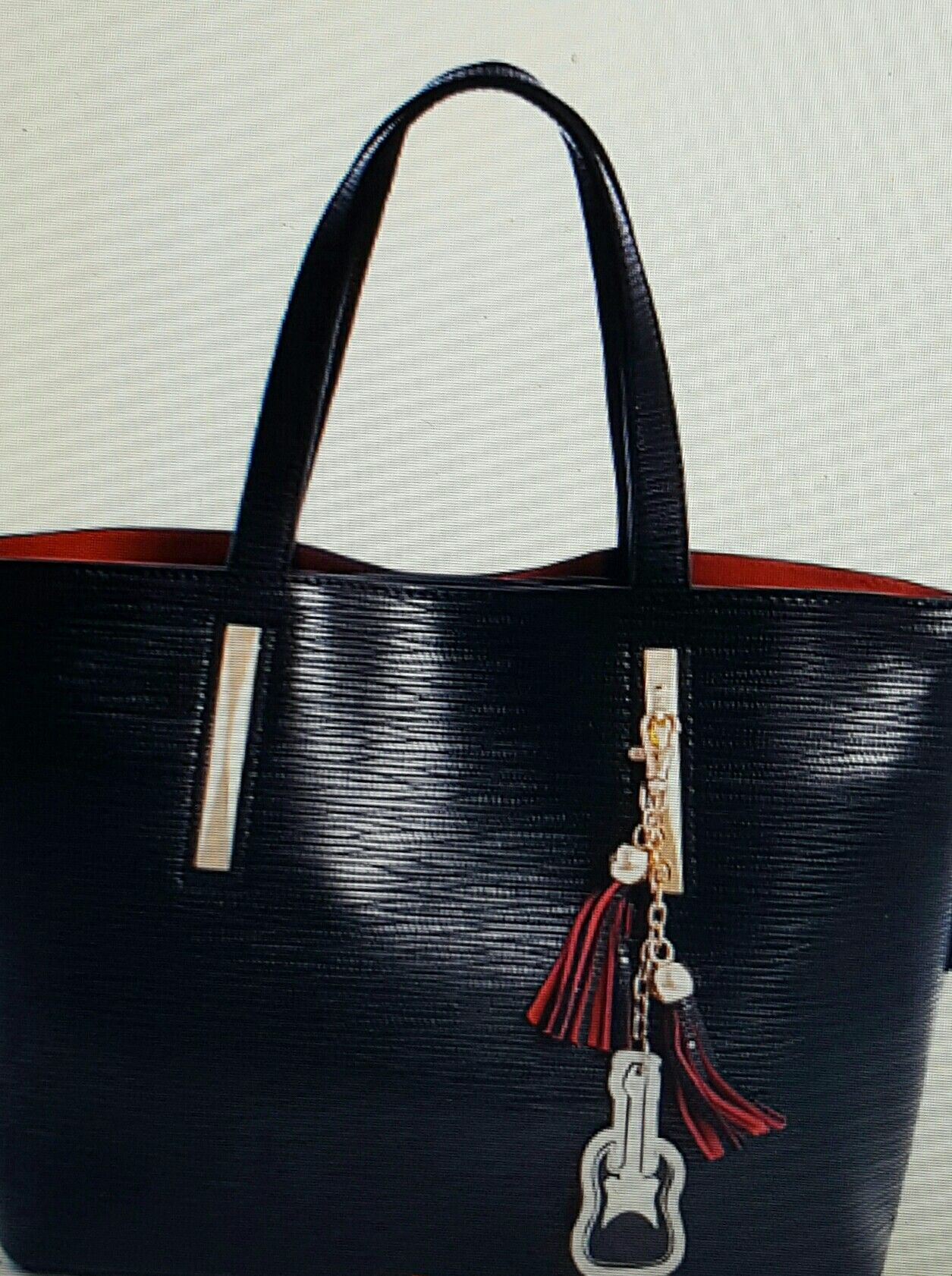 www.tskboutique.com Order this beautiful hobo bag