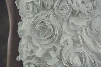Top Renan porté sur la robe Allen   Laure de Sagazan