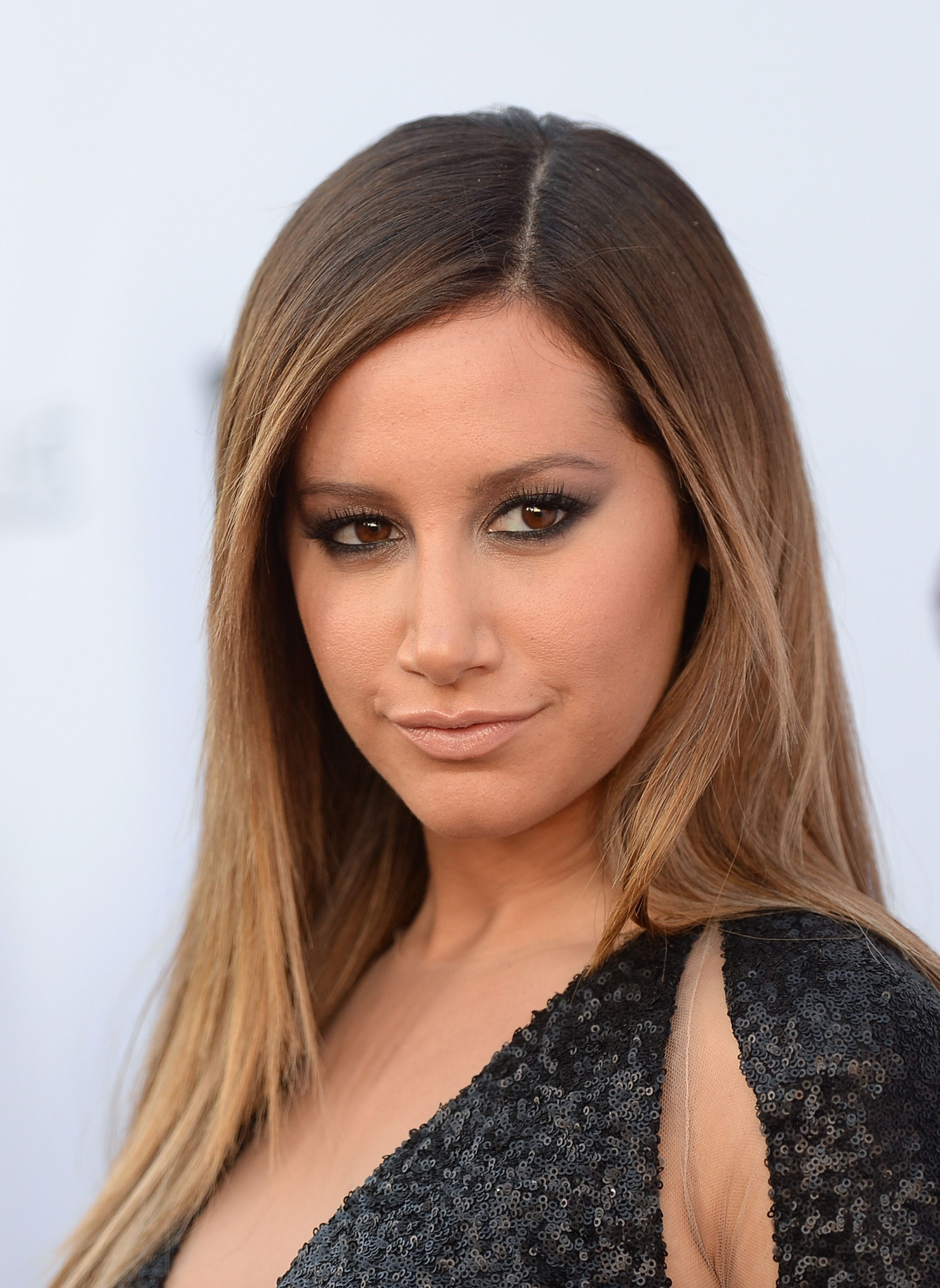 ashley tisdale 2016